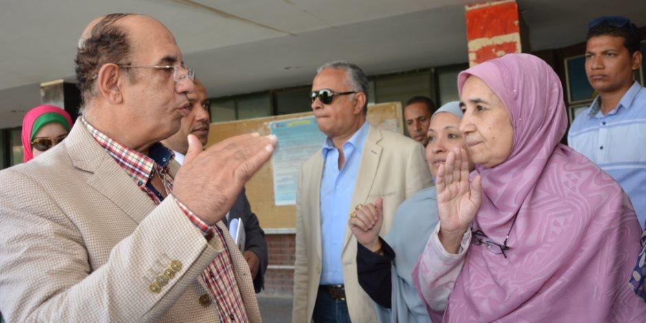 رئيس جامعة أسيوط يُعلن تسكين 11 ألف طالب وطالبة بمختلف مباني المدينة الجامعية (فيديو وصور)