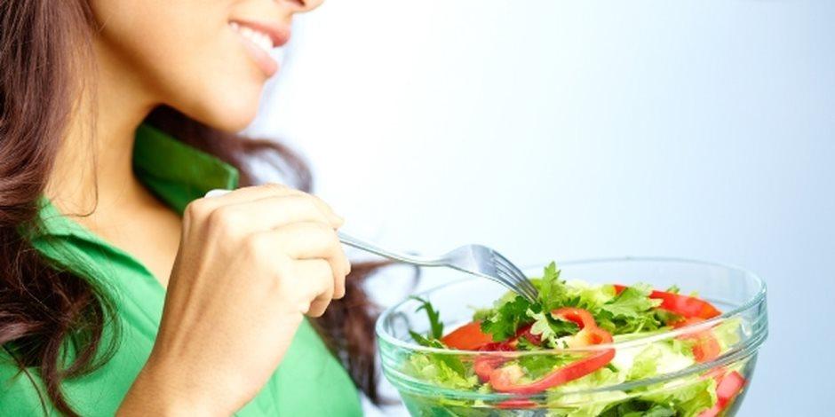 يقلل من أمراض القلب ويزيد من خطر السكتة الدماغية.. إيجابيات وسلبيات النظام الغذائى النباتى