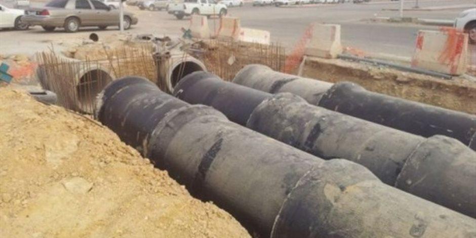 محافظة دمياط تبحث أسباب تكرار كسر خطوط المياه.. 3 مليار جنيه تكلفة مشروعات مياه الشرب والصرف الصحي بالمحافظة