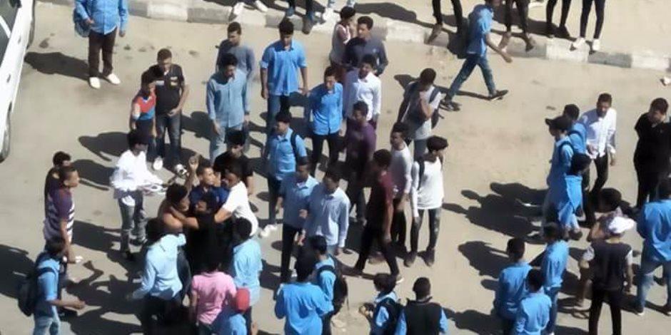 «بعد تداول  فيديو المشاجرة».. القبض على طلاب مدرسة أبو كبير الثانوية