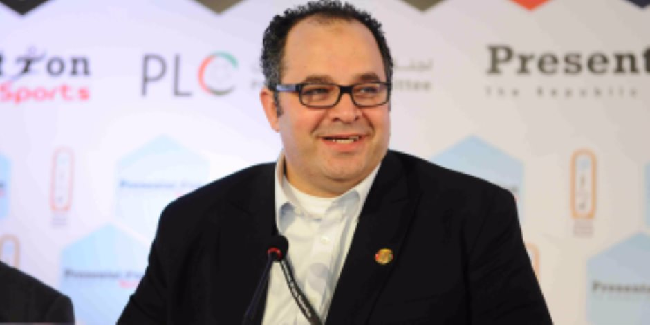 """بريزنتيشن: تحويل الدورى المصري إلى """"دورى المصرية للاتصالات"""""""