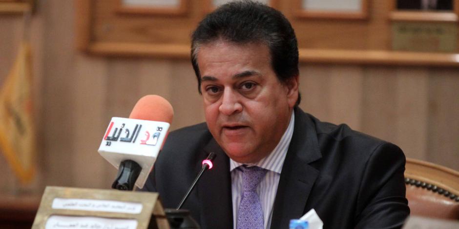 وزير التعليم العالي: مفيش دولة تقدر توظف كل خرجيها