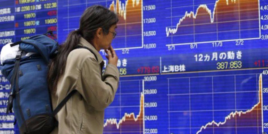 المؤشر نيكى اليابانى يغلق منخفضا بفعل تراجع أسهم التكنولوجيا