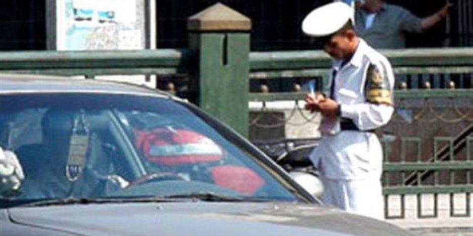 تحرير 354 مخالفة مرورية وضبط سائق لتعاطيه المخدرات بمطروح