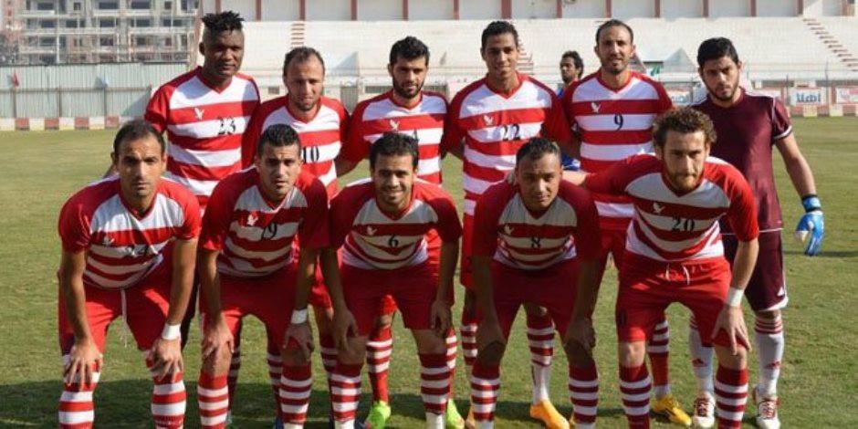 لاعب ينجو من الموت بعد ابتلاعه لسانه في مباراة بلدية المحلة وكوم حمادة