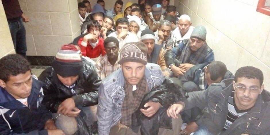 الأمن الوطني يفحص 31 متهما حاولوا دخول ليبيا عبر الدروب الصحراوية بمطروح