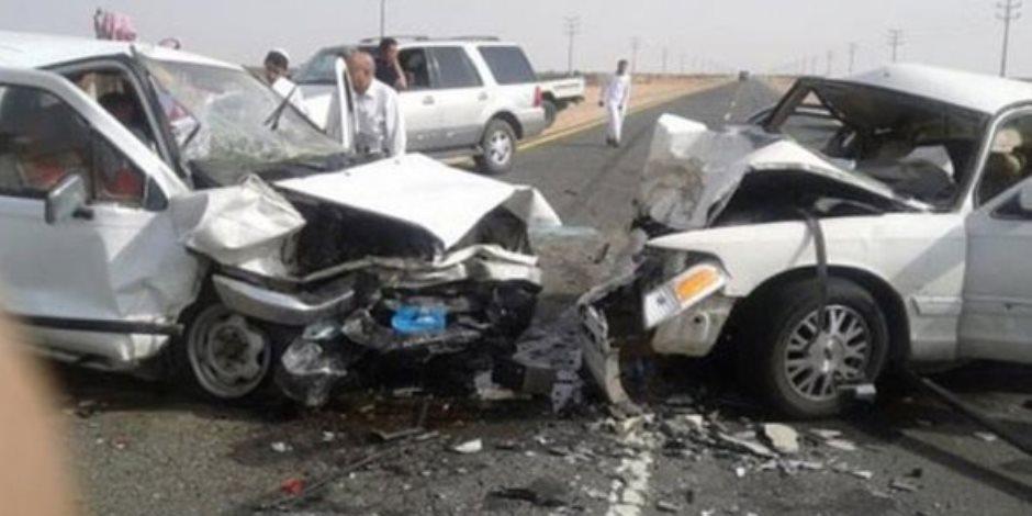 أوناش المرور ترفع حطام حوادث التصادم بطريقي إسكندرية الزراعي والصحراوي