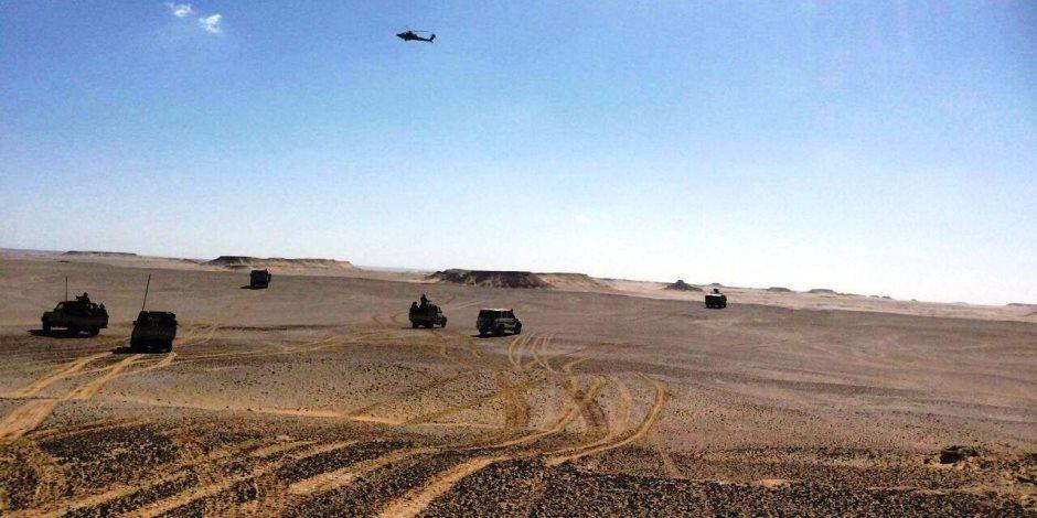 الأمن الوطني يفحص 42 متهما بينهم إريتري الجنسية حاولوا دخول ليبيا عبر صحراء مطروح