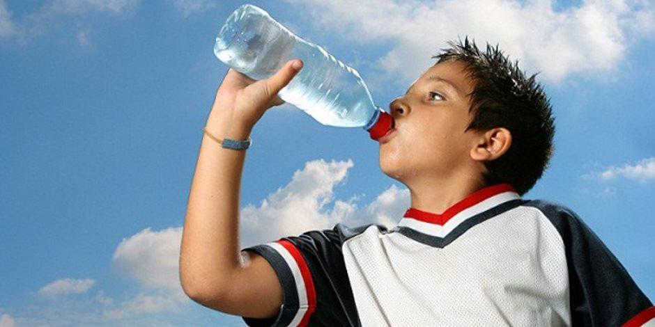 6 أسباب وراء الإحساس بالعطش الدائم.. تعرف عليهم