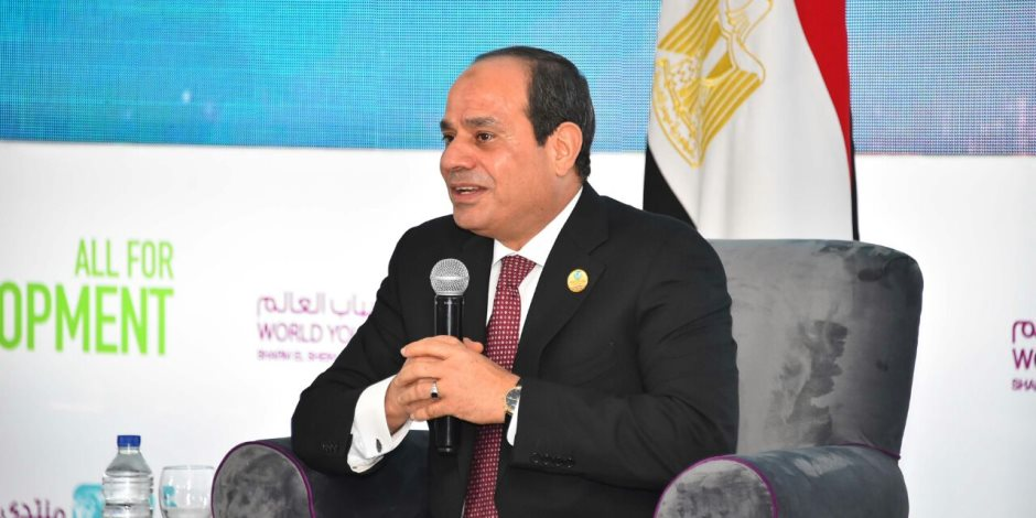 """السيسي عن أزمة سد النهضة: """"بطمنكم.. محدش يقدر يمس مياه مصر"""""""