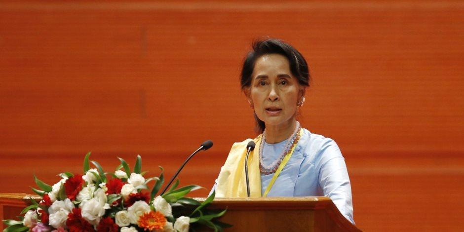 زعيمة ميانمار: الهجرة غير الشرعية سبب عدم استقرار العالم