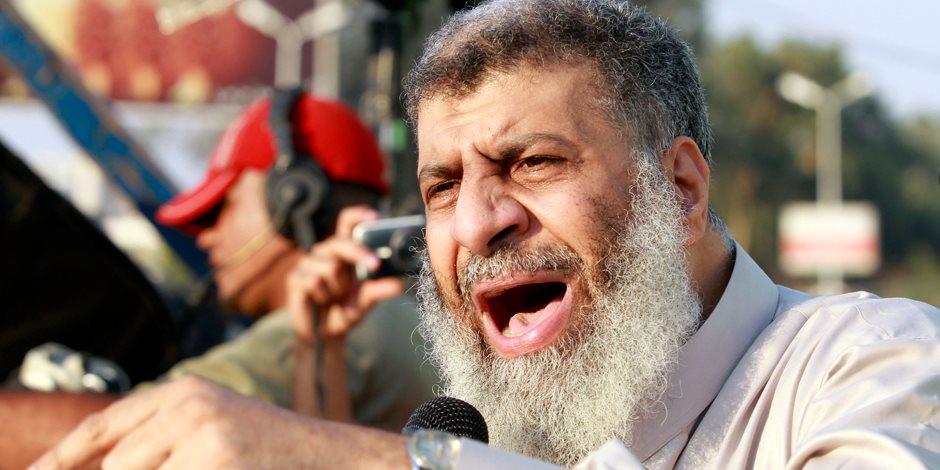 «التمويل» كلمة السر وراء هجوم عاصم عبد الماجد على «بيعة الإخوان»