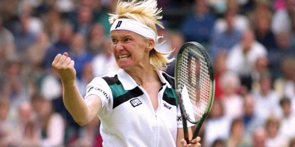وفاة لاعبة التنس التشيكية يانا نوفوتنا عن عمر يناهز الـ49 عاما