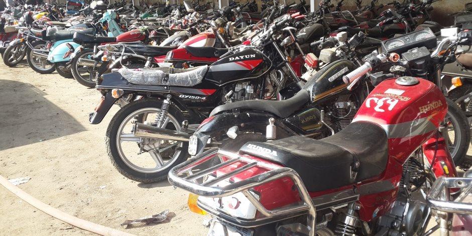 حملة لضبط الدراجات البخارية المخالفة للحد من العمليات الإرهابية