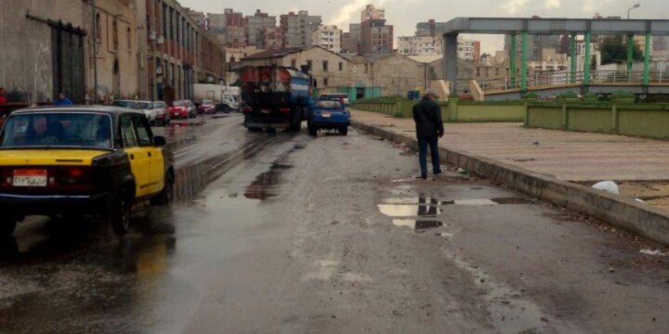 هطول أمطار غزيرة غرب الإسكندرية .. والمحافظة ترفع حالة الطوارئ.. صور