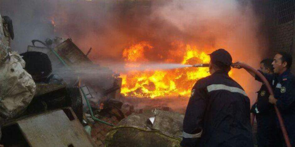 السيطرة على حريق هائل بمزرعة دواجن بالطريق الدولي بالبحيرة