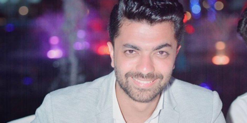 """محمد عباس ينشر فيديو لأغنيته الجديدة """"حلمي حلمك"""" بـ""""إنستجرام"""""""