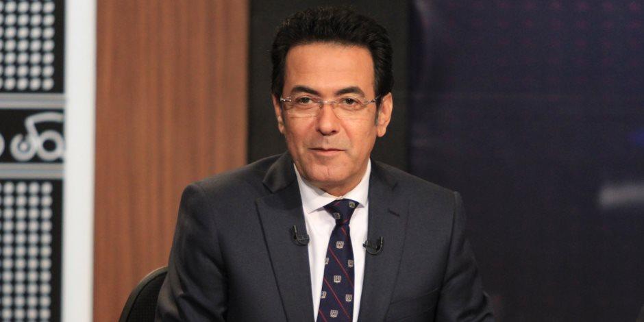 التليفزيون المصري يبحث عن شريكة لخيري رمضان