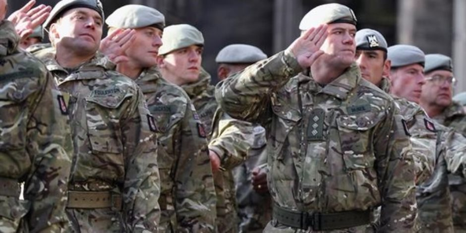 احتفالا بعيد الميلاد.. جنيه استرليني لكل جندي بريطاني في أفغانستان