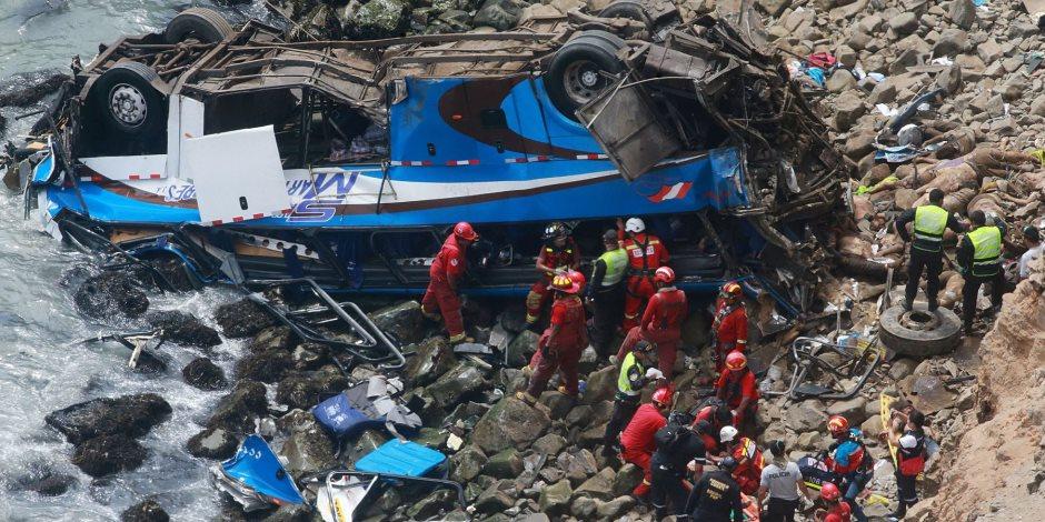 مصرع 10 أشخاص على الأقل فى حادث تصادم بباكستان