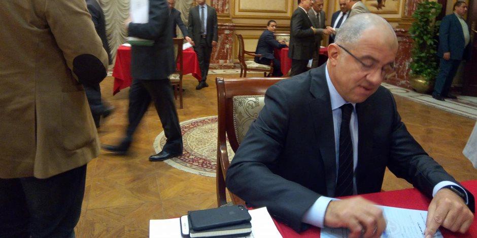 """رئيس """"دعم مصر"""": نختلف مع الحكومة.. لكن في الغرف المغلقة"""