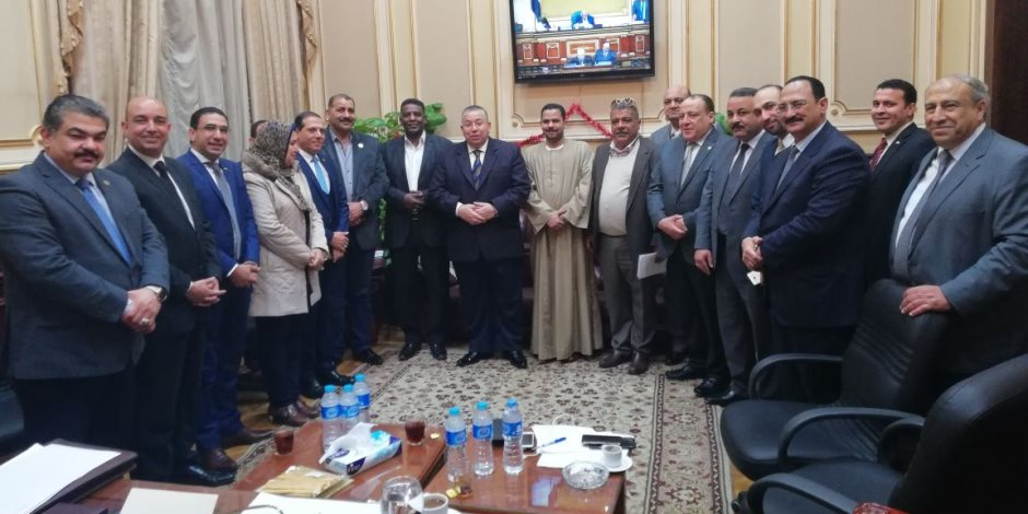 مستقبل وطن بالوادي الجديد يعلن دعمه السيسي في الانتخابات الرئاسية فى مؤتمر جماهرى