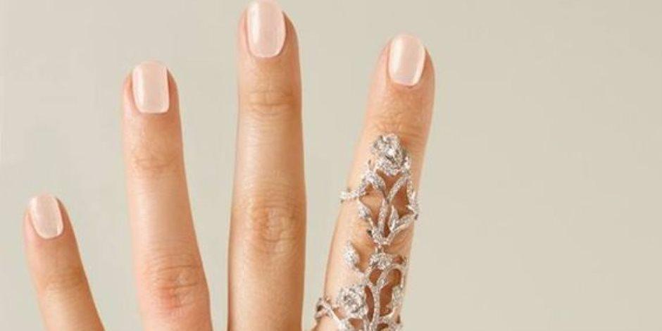 لو باب السيارة أغلق علي أصبعك.. 13 طريقة للتعامل مع كسر الأصبع