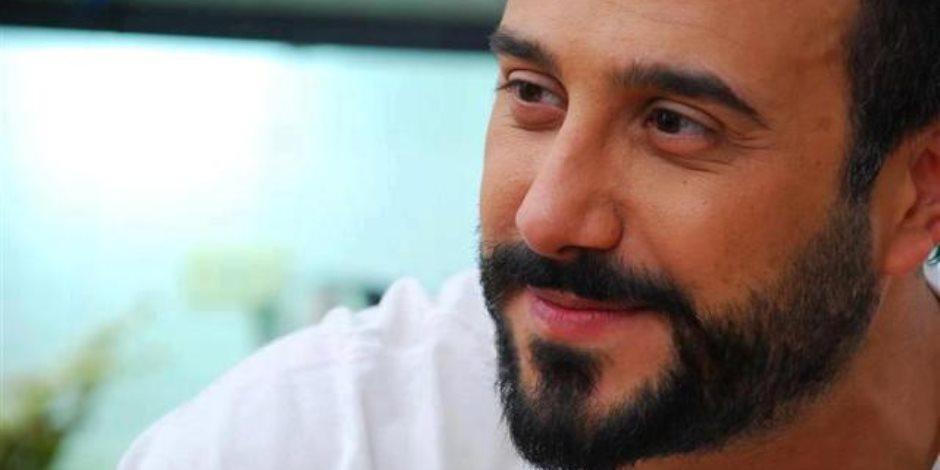 """نسرين طافش وقصي خولي يشاركان بمسلسل """"عشرة جميلة"""" لماجد المصري"""