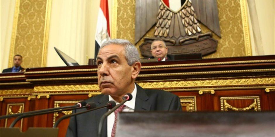 """""""مواطن ونائب ووزير"""".. الأول والثاني يسألان عن الأوضاع في مصر؟.. والثالث يجيب"""