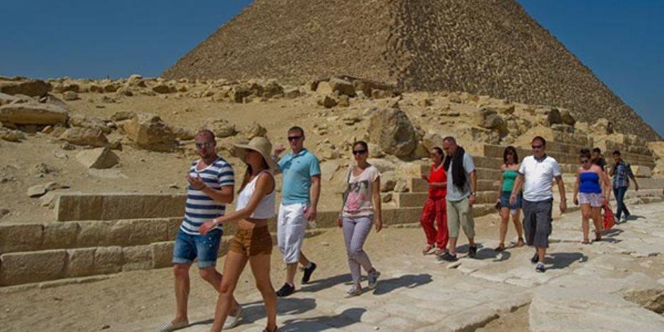 «فايننشال تايمز»: تحسن الأوضاع الأمنية فى مصر أدى إلى تعافى قطاع السياحة