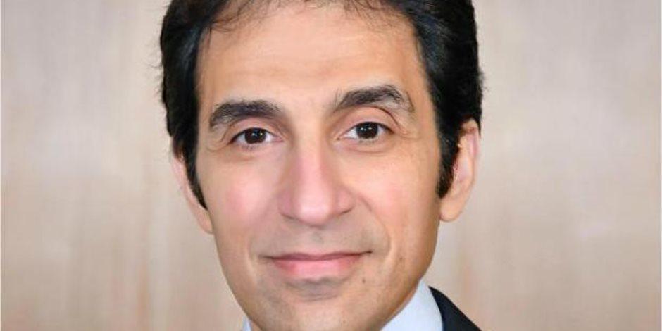 بسام راضي: الرئيس السيسي التقى شركتي أورانج الفرنسية وبوينج العالمية لتذليل العقبات