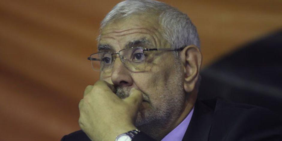 """عبد المنعم أبو الفتوح.. من """"انت بتكلم رئيس الجمهورية يا ولد"""" إلى الخيانة"""