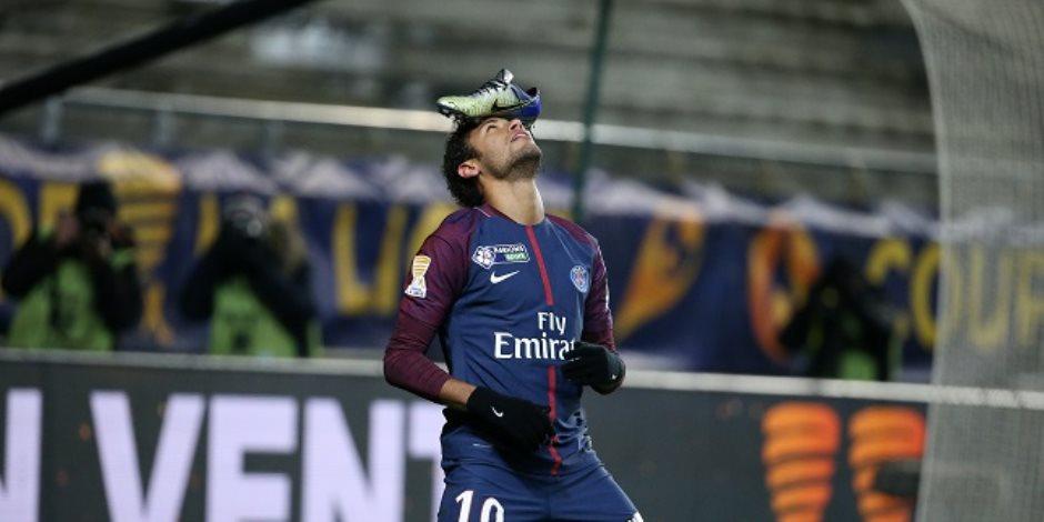 باريس سان جيرمان السبب.. فرص «نمار» للعودة إلى الدوري الإسباني تتقلص