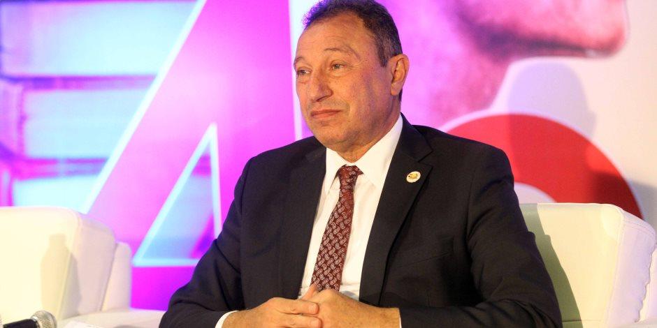 محمود الخطيب يصل القاهرة بعد رحلة علاجية بالإمارات وألمانيا