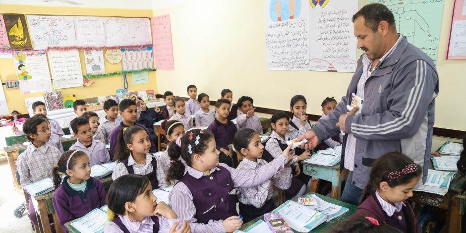 إحلال وتجديد أسوار ومباني 9 مدارس فى الوادى الجديد