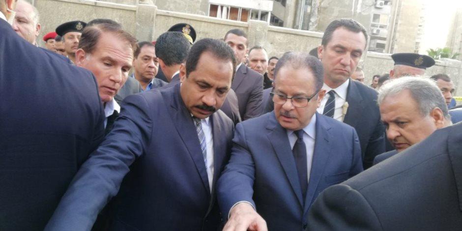 وزير الداخلية من موقع حادث انفجار الإسكندرية: محاولات يائسة لزعزعة الاستقرار (صور)
