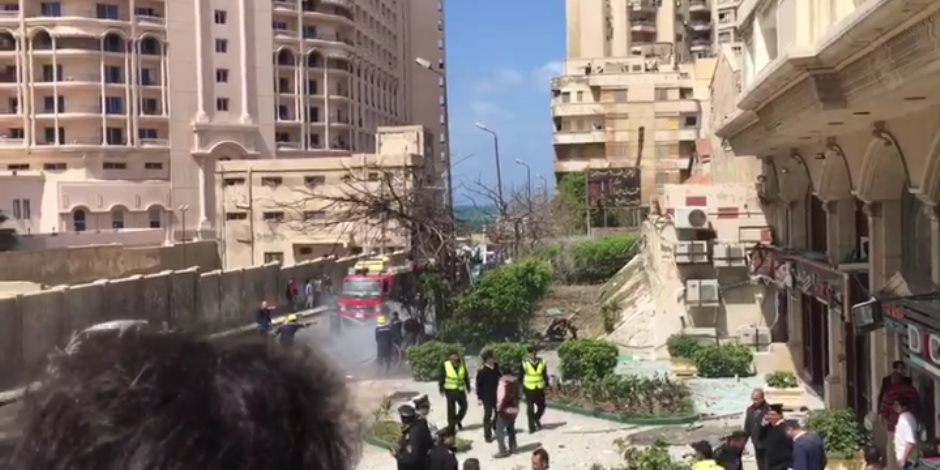 أول صور للسيارة المفخخة بمنطقة رشدي في الإسكندرية