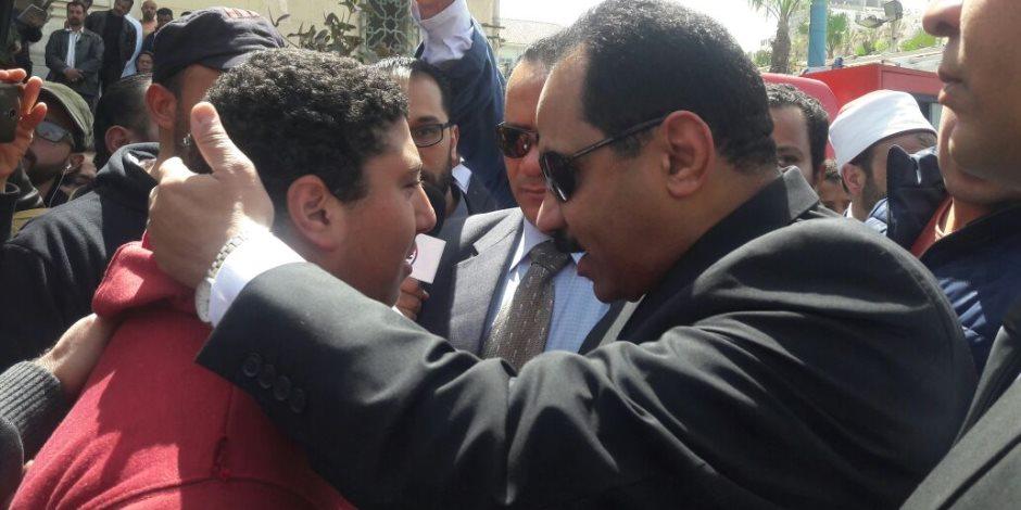 وصول مدير أمن الإسكندرية للمشاركة فى الجنازة العسكرية للشهداء (صور)