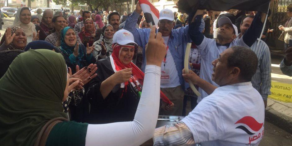 المصريين الأحرار بالبحر الأحمر: توافد غفير للناخبين بلجان الاقتراع
