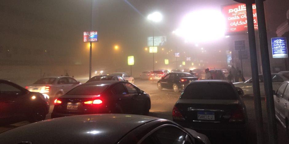 الأرصاد تكشف أسباب سوء الأحوال الجوية.. والمرور تغلق الطرق السريعة (صور)