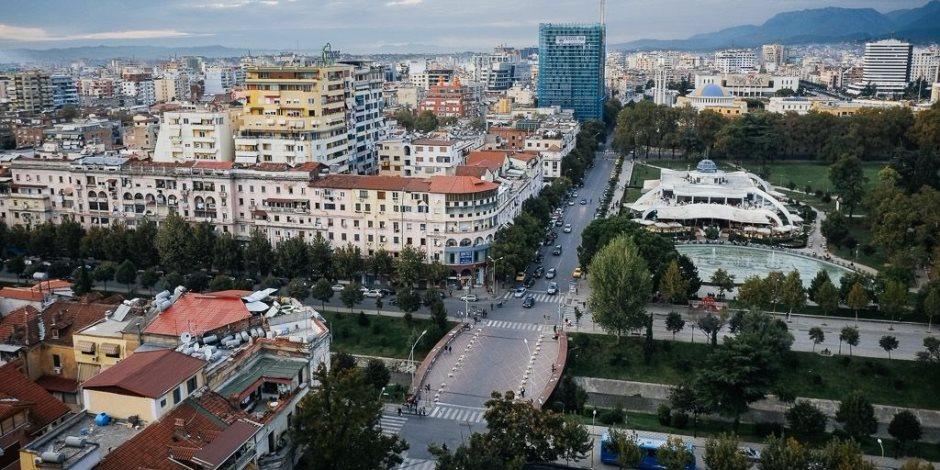 وقوع اشتباكات بين الشرطة الألبانية ومتظاهرين بسبب رسوم مرور إنشاء طريق جديد
