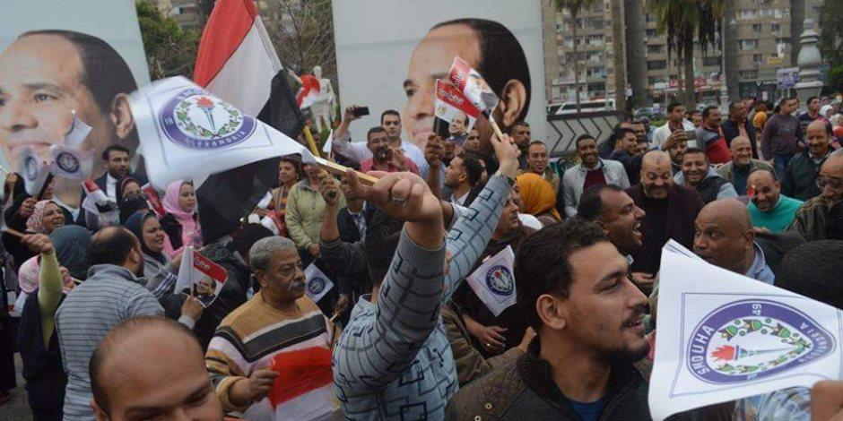 محافظ الإسكندرية: احتشاد المواطنين بالميادين دليل على التأييد الشعبى للرئيس