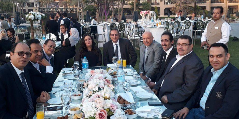 «صوت الأمة» تهنئ الكاتب الصحفي مجدى الجلاد بزفاف ابنته (فيديو)