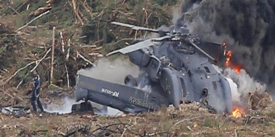 رئيس أركان الجيش الجزائري يتفقد موقع تحطم الطائرة العسكرية