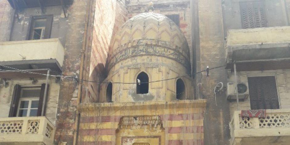 بعد اندلاع حريق به.. قصة ضريح الإمام يعقوب بن عبد الرحمن وسط الإسكندرية (صور)
