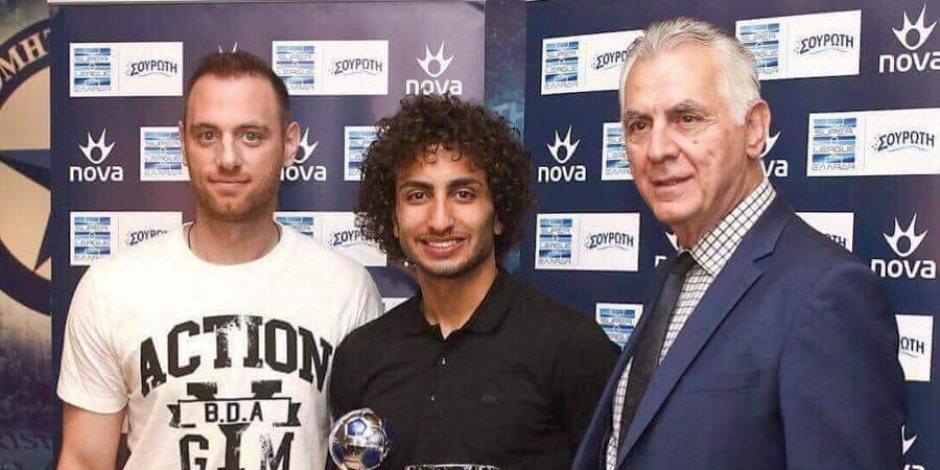 عمرو وردة يتسلم جائزتي أفضل لاعب وهداف في الجولة 26 بالدوري اليوناني