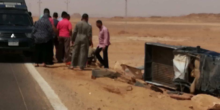 إصابة ضابط و3 مجندين في حادث انقلاب سيارة شرطة بالوادي الجديد