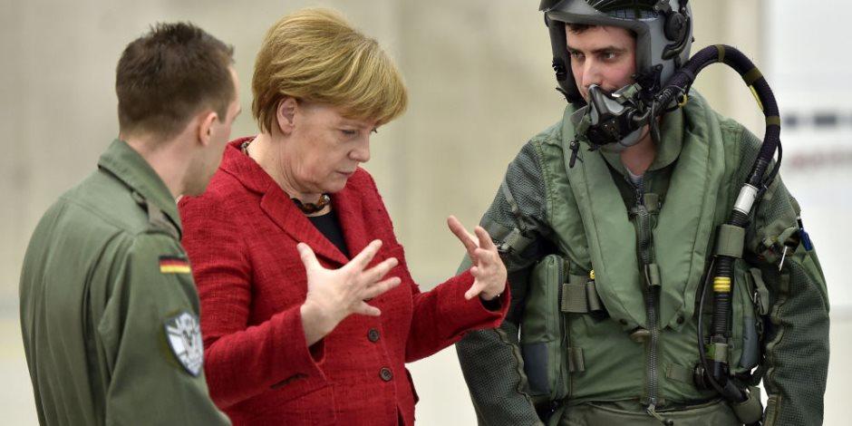 أنجيلا ميركل تخشى هجمات داعش.. تزايد أعضاء التنظيم في ألمانيا والشيشانيون أشرسهم