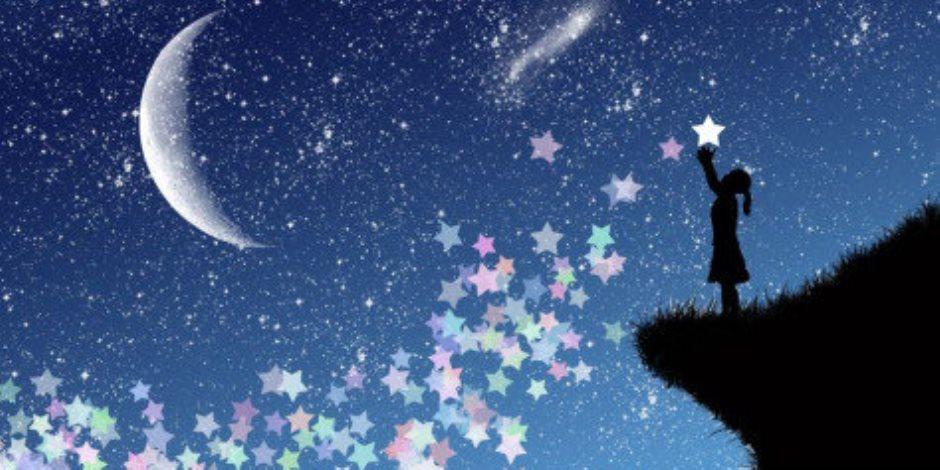 «على الأصل دور»... أسئلة بديهية عن الأحلام  عطر غرفتك وأنعم بأحلام سعيدة