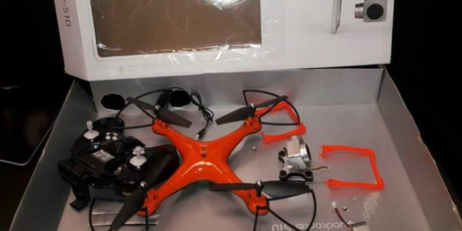 إحباط محاولة تهريب طائرات دون طيار تستخدم في التجسس بمطار برج العرب (صور)
